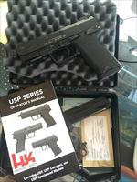 HK USP45 TACTICAL IN .45 ACP NIGHT SIGHTS LIKE NEW!!