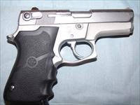 S&W M669 Stainless 9MM