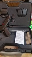 "SPRINGFIELD XD-9 - 4"" BL - COMPACT - 9MM - N.I.B. - XD GEAR MODEL XD910HCSPO6 - LOADER - HOLSTER - DOUBLE MAG HOLDER - 3 - 16 RD MAGS"