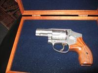 "S&W MODEL 640 - ""ON SALE"" - ENGRAVED W/MAHOGHANY CASE - .357 MAGNUM - 2.125 BL"