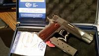 COLT 1911 GOVERNMENT XSE SERIES - MODEL 01070XSE - .45ACP - 8+1 - 3 MAGAZINES