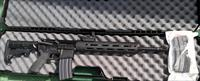 "AR15 Flat Top With 12"" Aluminium FreeFloat HandGuard Includes Case And Reflex Sights"