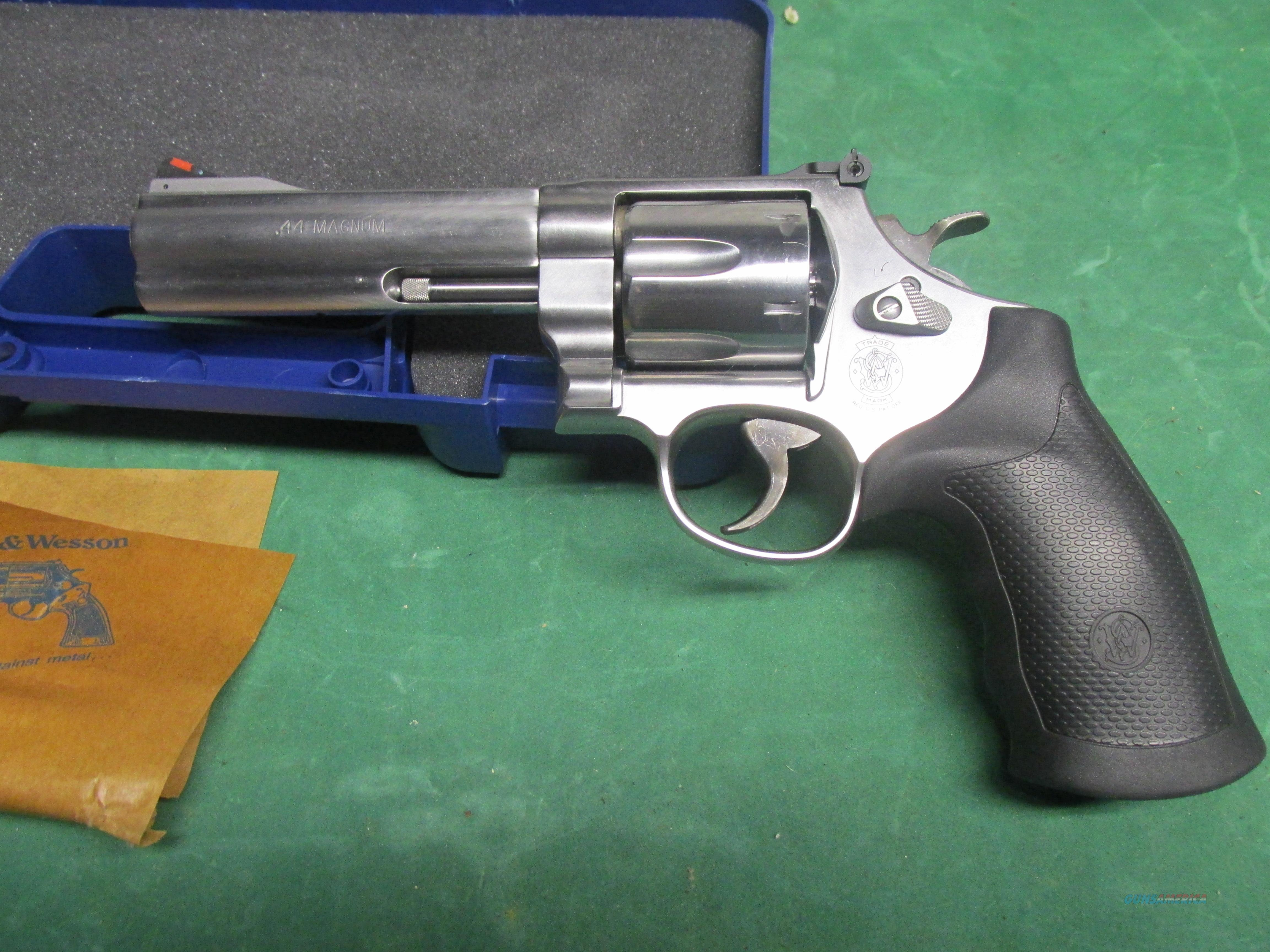 Smith And Wesson 629 Classic Related Keywords & Suggestions