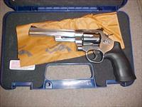 SMITH WESSON 629-6  44MAGNUM