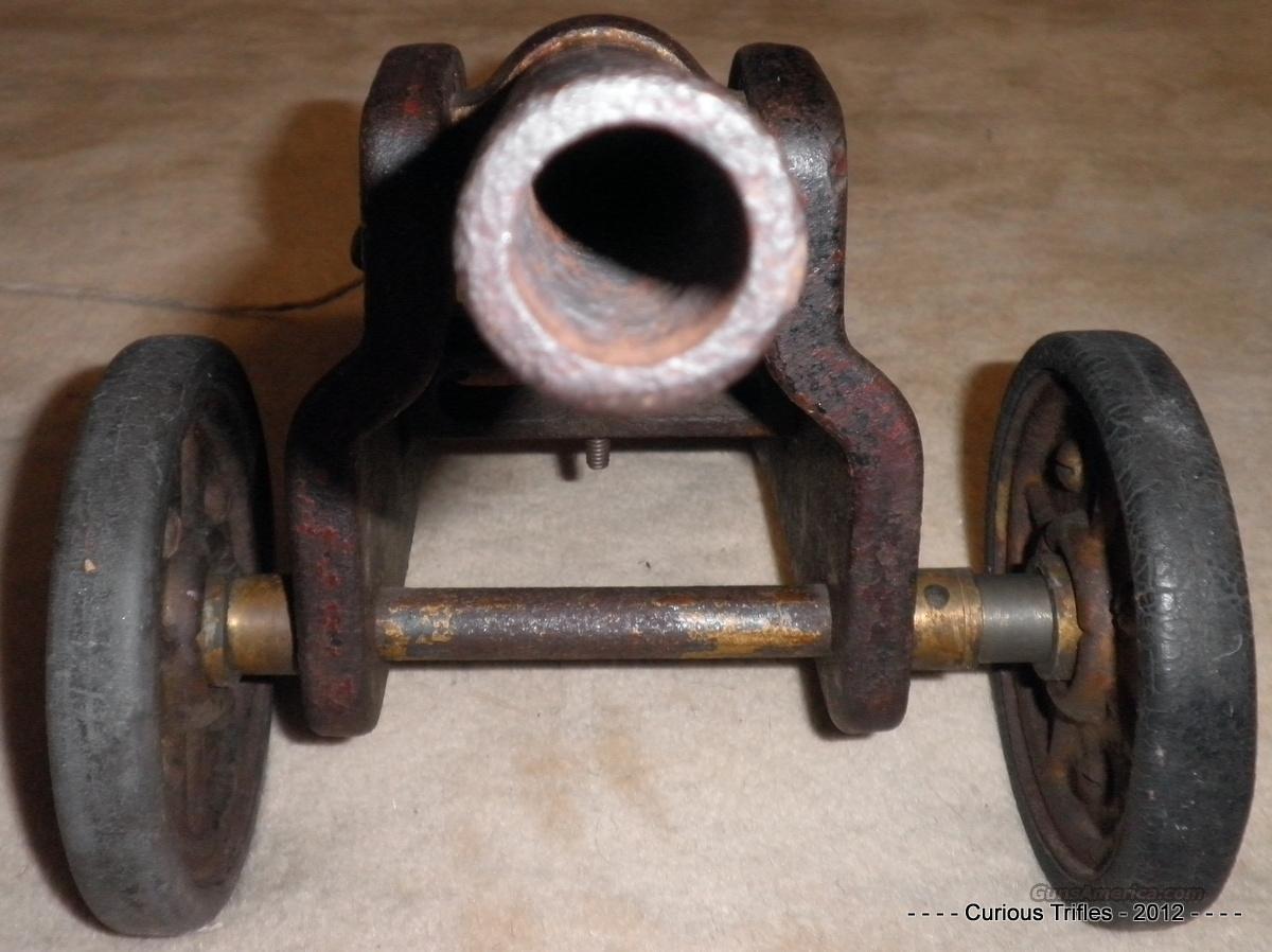 W R A  Co - Winchester Signal 10ga Cannon