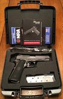 SIG Sauer 1911 Traditional Commander- RARE Two-Tone Gray/Black FREE SHIPPING NO CC FEE!