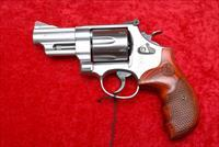 SMITH & WESSON 629-6 44 magnum