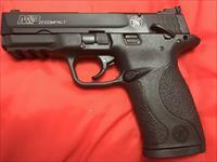 Smith and Wesson M&P 22 Compact, 2 magazines, Black Slide and Black polymer freme