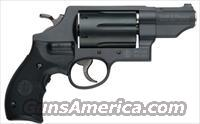 Smith and Wesson Governor 162411 Revolver 45/410 Crimson Trace Laser 2.75-inch 6rd Black