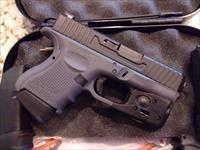 Glock 26 Gen4 9mm 10+1 3 mags G26 w/ Streamlight TLR-6 Light & Laser Trijicon Tritium Night Sights USED EXCELLENT CONDITION