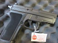 Sig Sauer P229 .40 12+1 USED EXCELLENT CONDITION 2 mags SALE PRICE 229 Made in Germany P229R