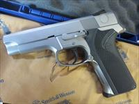 "Smith & Wesson 5946 DAO 4"" 9mm LIKE NEW CONDITION S&W RARE 108186 1 mag w/ Factory Box & Paperwork"