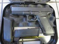 Glock 21SF .45 13+1 G21SF Police Trade In Night Sights 3 mags VG-Ex Condition USED