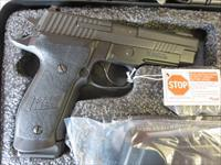 "Sig Sauer P226 TACOPS .40 15+1 4 mags 4.4"" SRT Night Sight NIB E26R-40-TACOPS SALE PRICE P226R"