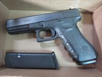 Glock 22 Gen3 .40 15+1 2 mags Dim Night Sights USED VG Condition G22 Gen 3 SALE