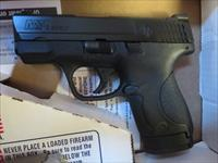 Smith & Wesson M&P9 Shield NIB 10086 Tritium Night Sights 3 mags SALE PRICE No Thumb Safety