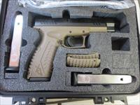 Springfield Armory XD(M) Full Size Threaded XDMT9459FDEHCE 9mm FDE Frame 19+1 2 mags SALE PRICE