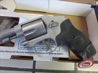 Smith & Wesson 642 .38spl 163811 With Crimson Trace Laser Grip NIB SALE PRICE !! No CC Fees!!