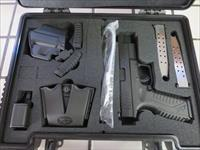 "Springfield Armory XD-M .40 4.5"" NIB with Trijicon Night Sights 16+1 3 mags SALE with Kit XDM"