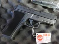 Sig Sauer P229 P229R .40 12+1 USED EXCELLENT CONDITION 2 mags SALE PRICE 229 CPO w/ Rail