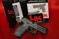 Hk H&K Heckler Koch VP40 VP SERIES GY GLOW SIGHTS GREY 40s&w 13 round M700040GY-A5 2 mags