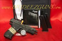 Sig Sauer P226 MK25 9MM MK25 OFFICIAL P226 NAVY SEALS 3 MAGAZINES