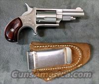 North America Arms 22LR Mini-Revolver w/ holster