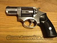 Ruger SP101 .357 magnum/.38spl. Stainless Revolver Like new condition