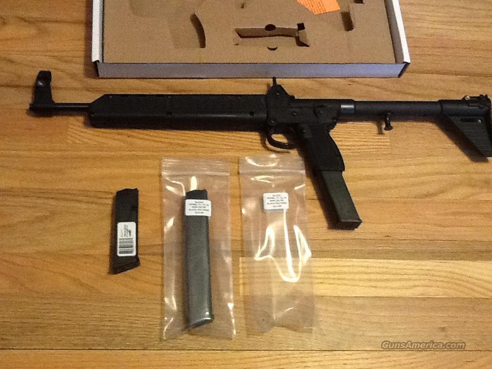 kel tec sub 2000 in 9mm glock 17 mags w 2 32 for sale