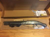 Mossberg 590 Shockwave 6 shot 12 gauge pump shotgun w/Raptor corn cob forend New in box
