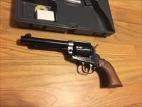 Ruger Vaquero .45 Colt rare case colored/blue   .45 LC used in excellent condition in original hard case