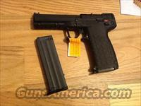 PMR 30 by Kel-Tec .22mag w/2(30+1 round mags) PMR30 .22WMR New in case