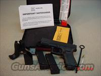 GLOCK 23 Generation 4 with 3 MAGS 40S&W (NIB)