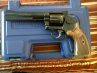 "smith and wesson model 586 6"" barrel blue, New Sku:150908"