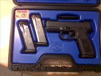 FNH USA FNS-9 PISTOL 9MM DA MS BLACK WITH (3) 17 ROUND  MAGS