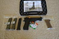 ON SALE! Chiappa M9-22 + Extras!