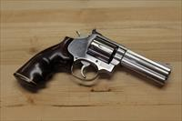 Smith and Wesson Model 686 .357 Magnum Pre-Lock