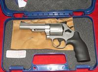 Smith & Wesson Model 69 44 Mag Stainless Steel 5 shot