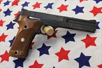 "Smith & Wesson 422, 22LR Target Pistol ""1991"""