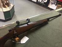 REMINGTON 700 25-06, COMES WITH RINGS AND BASES