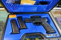 FNH MODEL FNS 40CAL PISTOL, NO SAFETY, 3 MAGS
