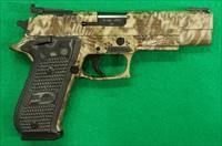 P220 Elite Hunter FS Kryptek 10mm 5In   220R5-10-HP-SAO