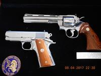 Dan Wesson's 200th Costitution Set like Anaconda Legacy
