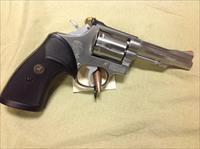 Smith & Wesson model 67-1 Stainless 38spl. 4