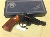"Smith & Wesson model 19-4 357mag blue 4"" in box"