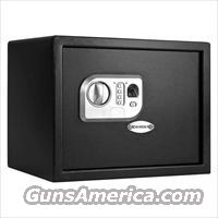 Barska AX11646 Midsize Biometric/Keypad Safe