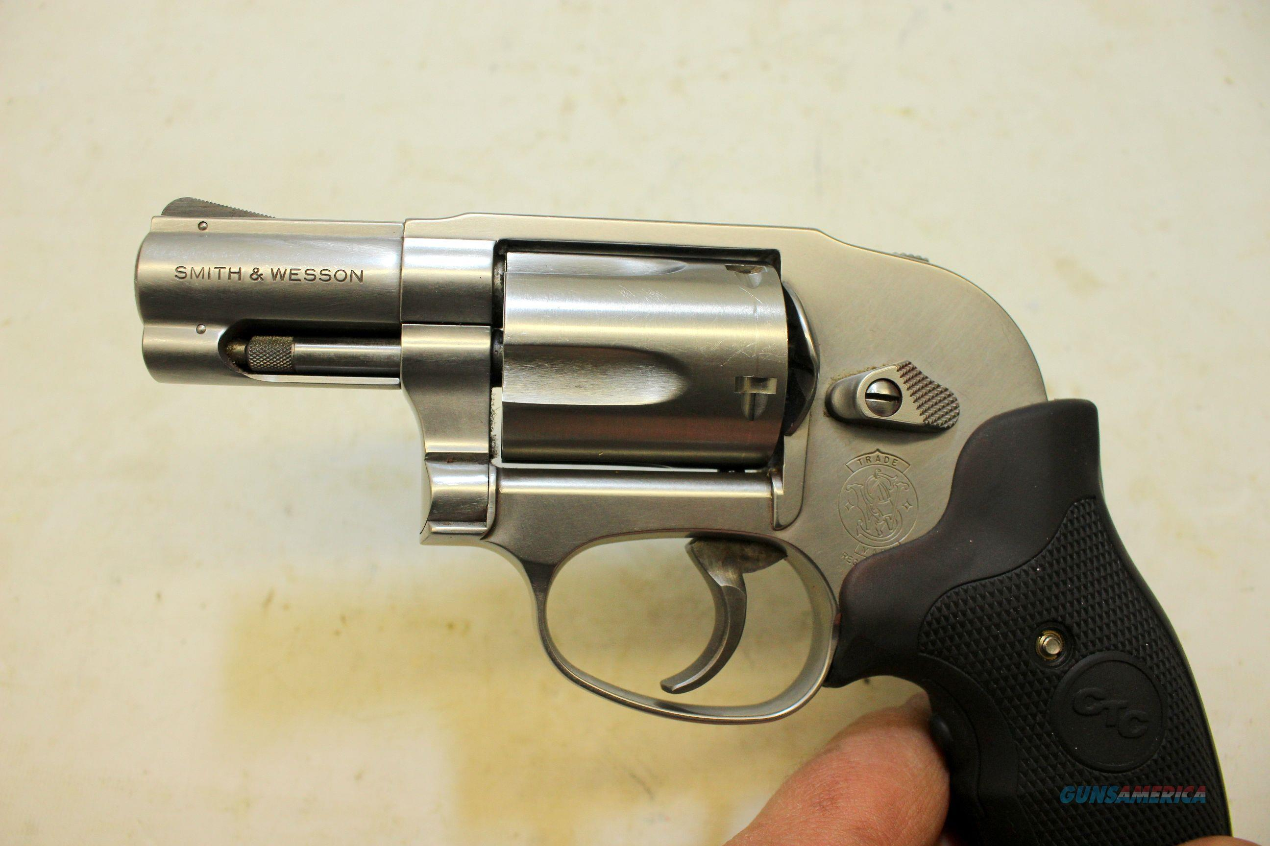 Smith & Wesson 649 - 3 SNUB NOSE revolver  357 magnum SHROUDED HAMMER  conceal carry