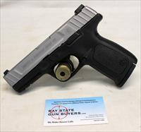 Smith & Wesson Model SD40 VE semi-automatic pistol ~ .40 S&W ~ 10rd Magazine