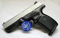 Smith & Wesson SW40VE semi-automatic pistol ~ .40S&W ~ BOX & EXTRA MAG