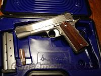 dan wesson  2013 razorback rz-10 rare and hard to come by